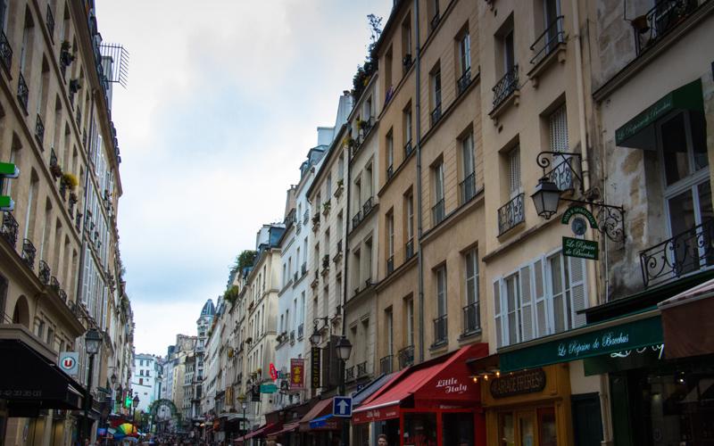 Rue Montorgueil - Paris - Frankreich – Ipackedmybackpack.de Reiseblog